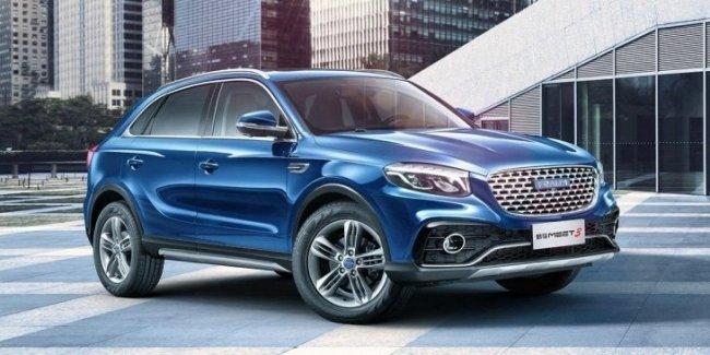 Известны цены китайского клона Mercedes-Benz GLA