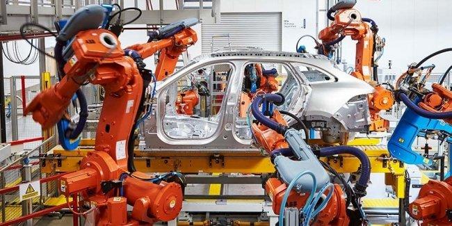 Jaguar Land Rover устроил массовые сокращения сотрудников