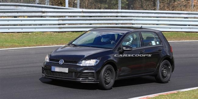 Volkswagen начал испытания нового Golf