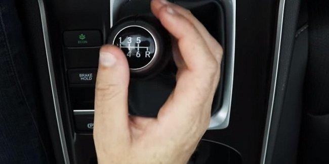 Honda решила научить американцев ездить на «механике»