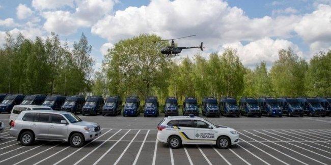 Нацполиция Украины получила новые автомобили