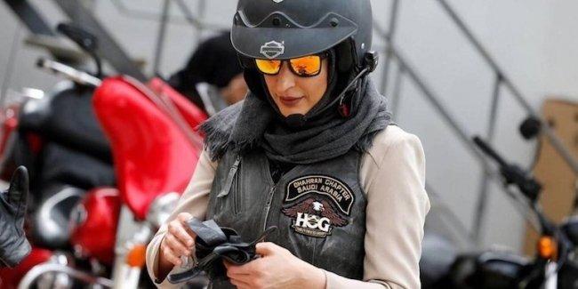 Женщины Саудовской Аравии сядут на мотоциклы