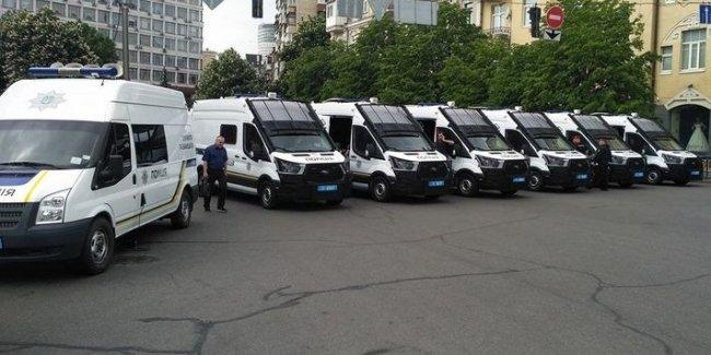 В Украине появились необычные полицейские автомобили
