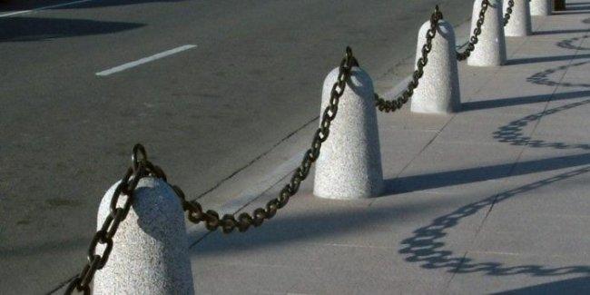 В Украине установят ограждения на перекрестках