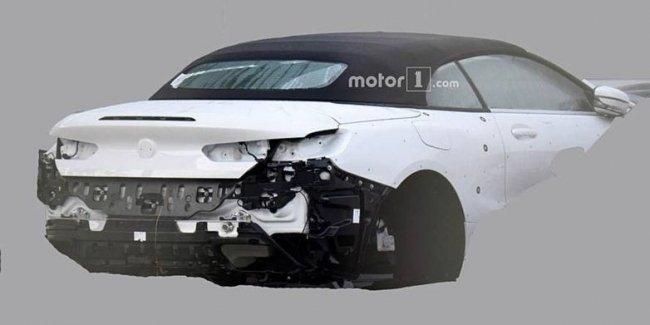 Новую BMW 8 Series 2019 впервые засняли без камуфляжа