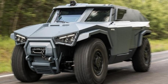 Во Франции построили армейский броневик с дверями как у маршрутки