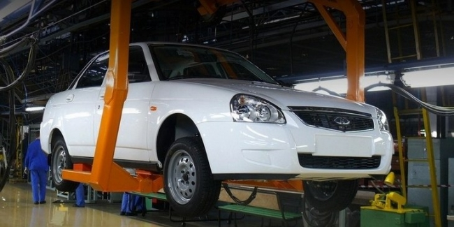 АвтоВАЗ отправил на пенсию Lada Priora