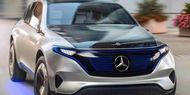 Mercedes-Benz может уже в сентябре представить новый кроссовер