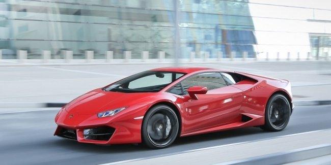 Британец взял Lamborghini и за четыре часа получил 33 штрафа