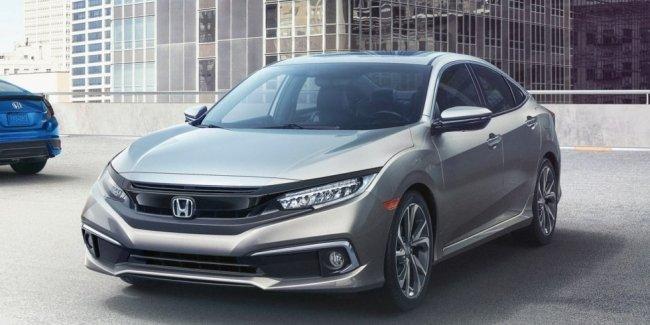 Honda Civic 2019 года получила освеженную внешность, новые версию и оборудование
