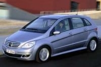 Mercedes начнет поставки в США модели B-класса