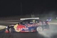 Red Bull переделал гоночный Holden в дрифт-кар