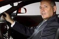 Глава McLaren покинул свой пост