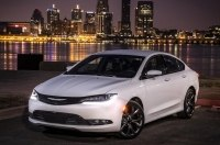 Chrysler 200 установил новый антирекорд по продажам в США