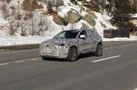 Новый кроссовер Jaguar E-Pace замечен в итальянских Альпах