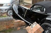 Инженеры разбили автомобиль стоимостью 100 тысяч долларов