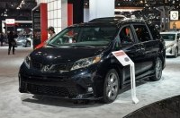 Toyota Sienna 2018 прибыла в Нью-Йорк