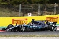 Formula-1: Mercedes продолжает доминировать на тренировках в Барселоне