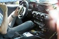 Опубликованы первые фотографии салона нового Mercedes-Benz A-Class