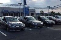 30 автомобилей Honda «разобрали» прямо на стоянке автосалона