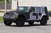 Jeep Wrangler получит новые моторы и электрокрышу