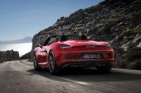 79-летняя женщина разогнала Porsche до 238 километров в час из-за бессонницы