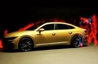 Volkswagen доверил съемку модели Arteon слепому фотографу