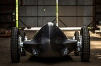 В Infiniti скрестили современный электрокар с гоночной машиной из 1940-х