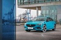 Opel Insignia нового поколения пользуется ажиотажным спросом