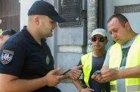 КГГА совместно с полицией провела рейд против мошенников-парковщиков
