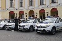 Группа компаний АИС осуществила поставку 77 автомобилей Renault Национальной Полиции Украины