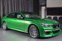 Седан BMW M760Li получил эксклюзивный колер Rallye Green