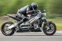 После аварии на 376 км/ч мотоциклист снова попробует установить рекорд скорости