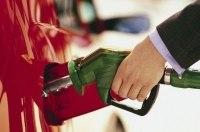 По 40 копеек в день: Цены на бензин и дизель резко пошли вверх