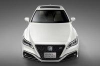 Toyota везёт в Токио концептуальный седан Crown Concept