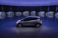 GM разрабатывает новое спортивное купе