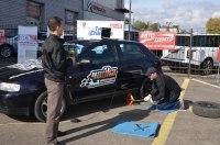 В Украине прошло первое соревнование на скоростную замену колеса
