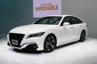 Новая Toyota Crown представлена в предсерийном виде
