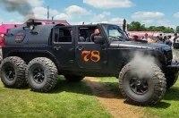 Внедорожник Jeep Wrangler «превратили» в паровоз