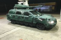 «Армейский» универсал Volvo V70 продают за 300 долларов
