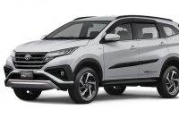 Toyota официально представила новый кроссвэн Rush