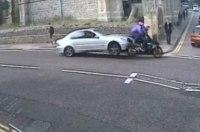 Автомобилист специально врезался в мотоциклиста (видео)