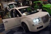 Тюнеры превратили Toyota Prius в Chrysler 300C