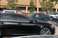 86-летняя автоледи устроила «разнос» на стоянке