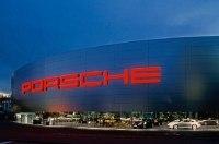 Porsche выпустила первую партию… липового мёда