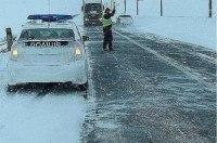 Патрульная полиция предупредила, что в ближайшие 2 суток дороги завалит снегом