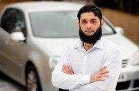 В Великобритании автомобильные страховки мусульманам продают дороже