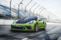 Porsche показала свой самый мощный суперкар с атмосферным мотором