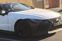 «Заряженный» Lexus LC F впервые замечен на тестах
