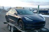 Первый в Европе электрокар Tesla Model 3 засветился в Украине